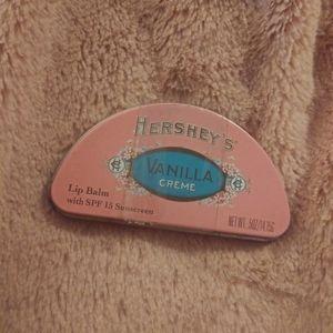 HERSHEY'S Vanilla Crème Lip Balm with SPF 15